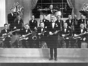 artie shaw band photo